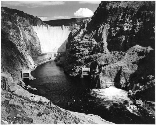 An image of the Hoover Dam.